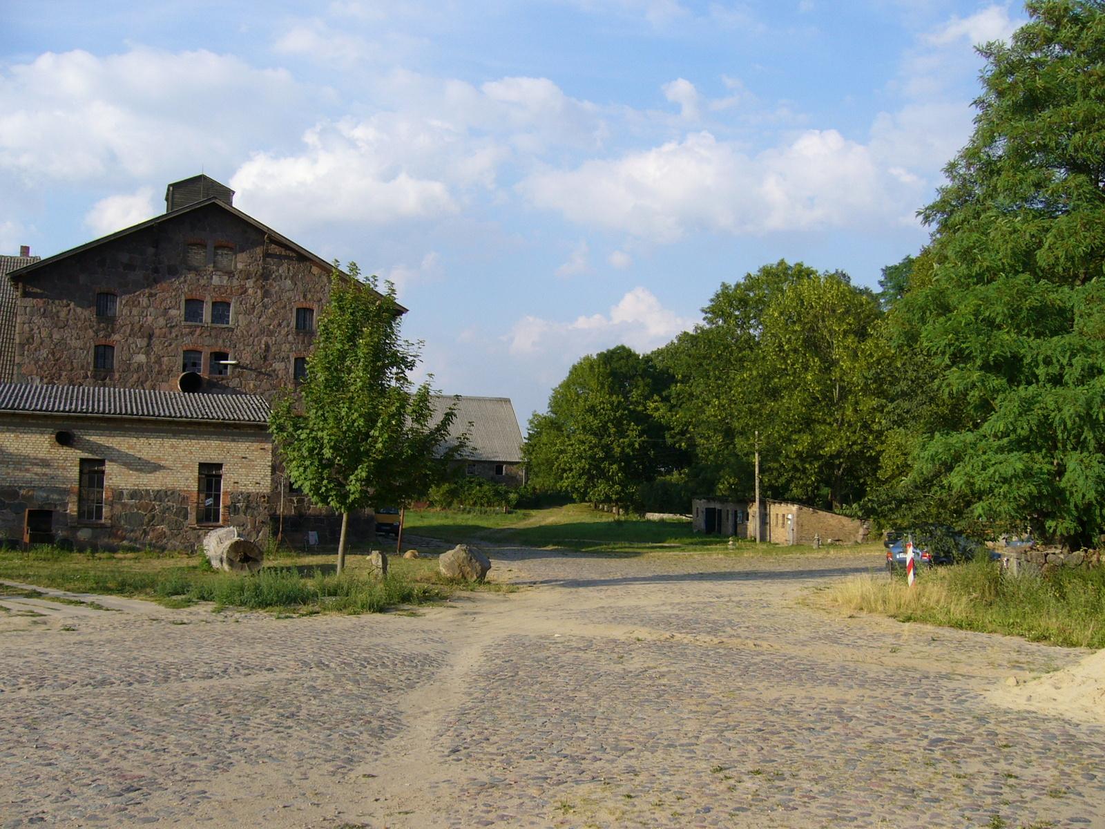 International art research location Schloss Bröllin, Germany